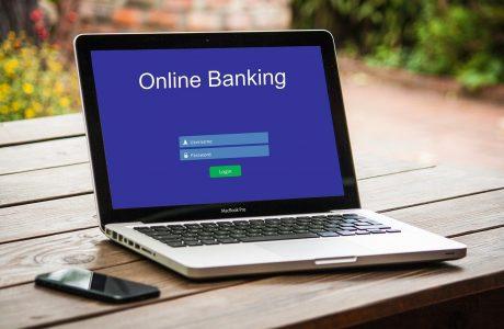 Comment choisir une banque en ligne